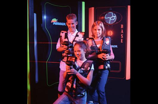 Activities-Slider-LaserTag-01