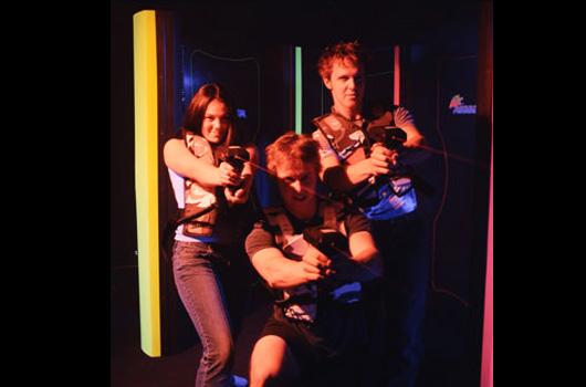 Activities-Slider-LaserTag-04